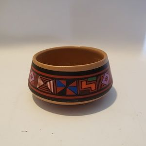 Jose Paredes Hand made pottery dish small 3 1/2 in